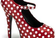 Shoes / by Emmanuelle Pitanga