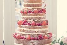 Wedding Cakes / Inspiration, ideas and wonderful examples of wedding cakes. Tiered wedding cakes, cupcake towers, chandelier cakes, cakes with colored bases, naked weddings cakes, etc.