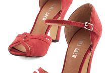 kısa topuklu günlük ayakkabılar