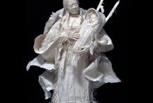 Papier-, Holz- und andere 3D-Kunst