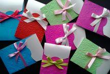 Papeles muy especiales / tarjetas, sobres invitaciones especiales
