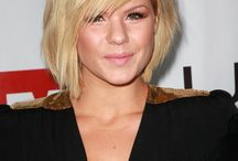 Kinda want to cut my hair super short! (And maybe go blonde!) / by Emily Strode