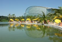 Summerfeeling / Enjoy the beautiful atmosphere of South Seas under blue Bavarian sky on a warm summer day when Europe's largest movable glass dome slides open.