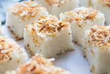 Rice and Coconut Cakes