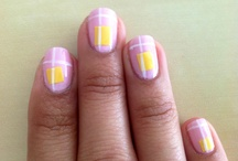 Nail design / Pink base, yellow square and white strips