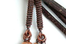 Wire work jewelry / jewelry made of copper, bronze and silver wire.