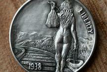 Монеты. необычные
