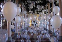 Globos LED / Ideas de decoración con Globos LED pequeños y gigantes. Diferentes modelos y aplicaciones de globos luminosos. Formas de hacer suelta de globos para boda. Globos de led y helio para decoraciones nocturnas mágicas.