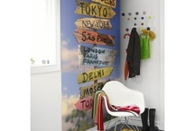 Destinations Wallpapers / Travel from paradise to the metropolis in your own home