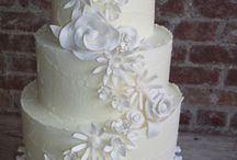 Wedding Cakes / by Shelly Stegall