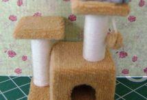 Miniature Tuts - animals / how to make animals in miniature, or items for them.  Como fazer animais em miniatura, ou itens para eles.