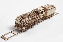 Steam locomotive wooden puzzle toy
