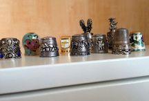 Verzameling vingerhoedjes / Verzameling van allerlei soorten vingerhoedjes uit alle delen van de wereld!