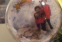 Kerstballen / Transparante kerstbal gevuld met afbeeldingen gemaakt op krimpi dinki folie.