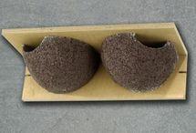 nichoirs oiseaux / le choix du nichoir se fait en fonction de l'ouverture : sa forme, sa taille....