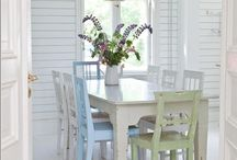 White painted table/chairs