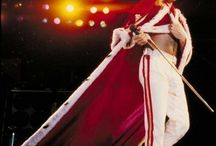♡INSPIRATION: Onstage / Iconic costumes/stagewear/memorable looks worn by musicians of all kinds