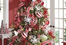 Christmas Tree / Tree decor  / by Brittney Murray