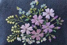 Çiçek  nakışı