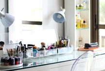 Dressing Table | Vanity | Closet / Dressing Table | Dressing Room | Closet | Vanity | Storage | Makeup Organization | Interior Design | Quarto | Penteadeira