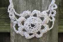 paper crochet necklace