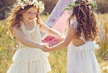 Flower Girls / They always looks so cute don't they? Toddlers in pretty dresses, aaaaaah!