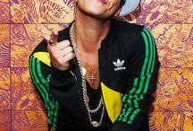 Bruno Mars Bæ❤❤❤