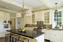 Kitchens / by Justine Brewer