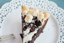 Desserts / by Sondra Claflin