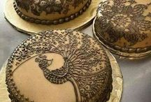 Wedding cakes / Check out these scrumptious wedding cakes for Indian weddings and receptions !