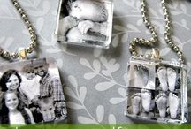 Pendants / Photographs into