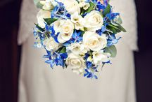 Wedding Flowers / Wedding flowers inspiration including bridal bouquets, bridesmaids bouquets, table settings & decorations and all of the lovely floral designs which make weddings a more beautiful event.