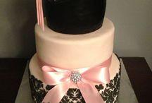 Graduatation Cakes / Cake ideas for your special grad.