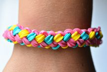 Poppy (loom bands)