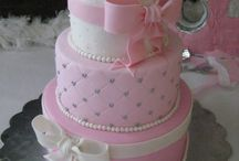 Poppys Birthday Cake Ideas / Jaz this is what I am thinking