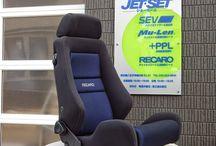 RECARO LX-VS  黒青 / 2014.05をもって生産を終了するとの ニュースが流れました。