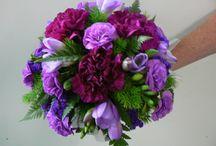 Mixed Seasonal Wedding Bouquets / Wedding bouquets incorporating a mixture of seasonal flowers