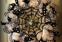 Halloween Wreaths and Decorations