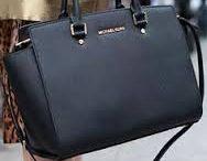 """""""WONDERFUL BAG"""" / """"La borsa ha una particolarità, direi anche un privilegio: è un meta-oggetto. Serve a portare degli oggetti, ma essa stessa non è veramente un oggetto, è ad un gradino superiore rispetto a ciò che trasporta. È incomparabile"""""""