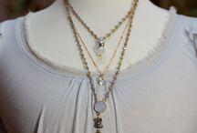 layeted neckchains