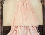 Menyasszonyi ruhák / Wedding Gowns