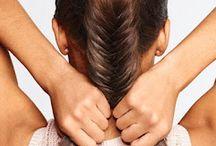 Peinados / Me gusta mucho peinarme y hacerme rulos y por eso estoy tipo haciendo un resumen de peinados rulos,EXT porque yo tengo el pelo lacio y... Me aburro mucho con este pelo entonses me hago rulos y peinados