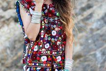 bijoux et tenues!!!