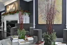 Modern Holiday Decorating Ideas / Even though we think of Christmas and the holiday season as being very traditional, we don't have to decorate that way.  Here are modern holiday looks you can use throughout the year.