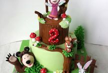 Masha and bear cakes