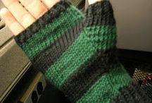 Things to make / Knitting patterns - fingerless mittens for children