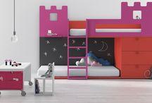 Literas vs Camas Nido / ¿Qué es lo mejor para un dormitorio infantil? ¿Unas literas que estimulan el juego y la imaginación? ¿Una cama nido que aprovecha mejor el espacio? ¿O quizá unas literas abatibles?