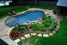 Poolside garden makeover / Landscaping / by Sarah Koch