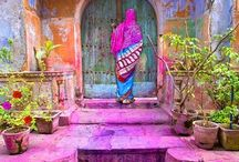 Colours of India / Colour takes on a life of its own in India.  Perhaps it's the pitch perfect tones of the Indian colour dyes, perhaps it's the rays of the Indian light and sun - it's inexplicable.  But it's the most stunning colours you'll ever see.