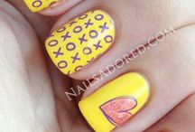 nails / by SalvRuth